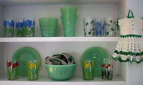 Middle shelves