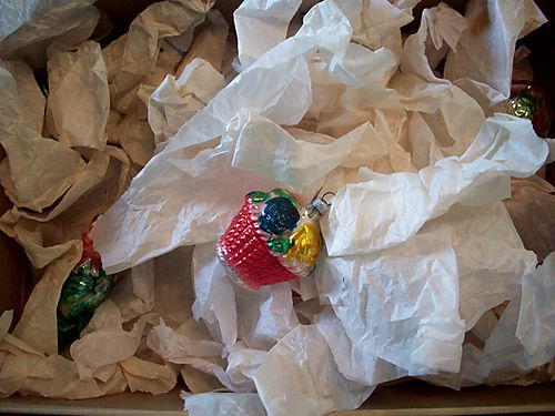 Ornaments in tissue