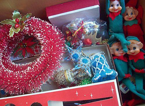 Inside of box w elves
