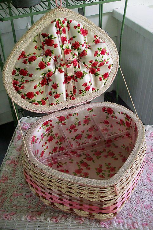 Heart basket inside