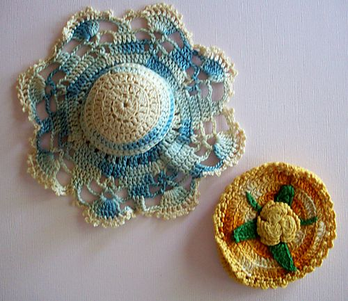 Pincushion and compact holder