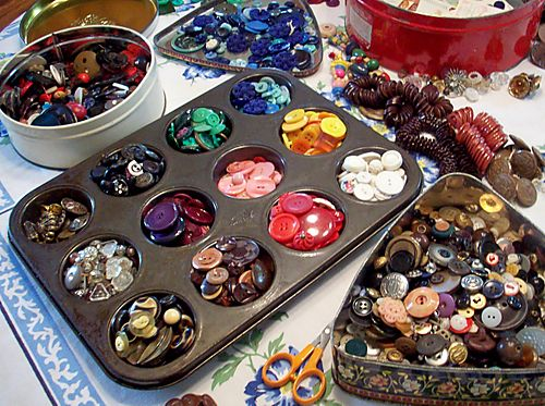 Buttons on table