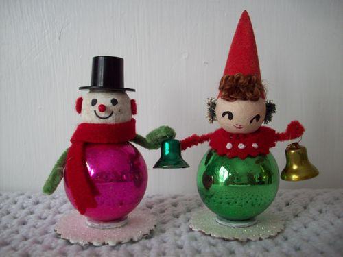 Bell ringing snowmen