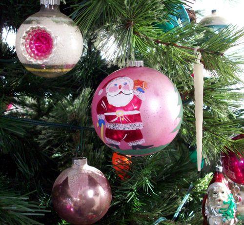 Tree pink santa