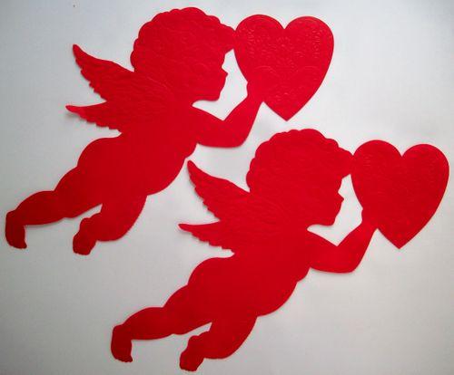 Heart cupids