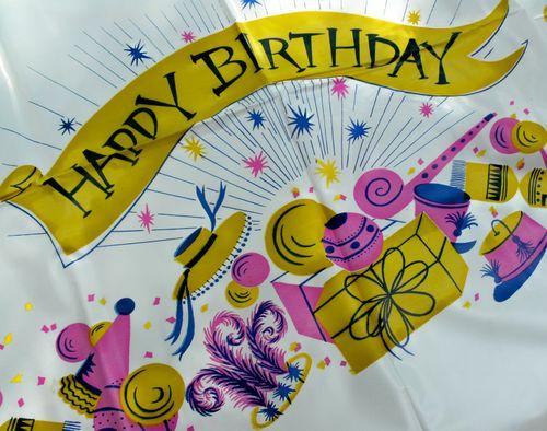Tablecloth birthday detail