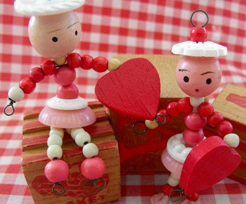 Wood bead valentine 3