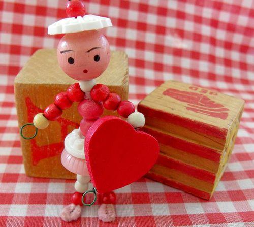 Wood bead valentine 1