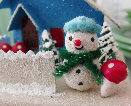 Mushroom snowman
