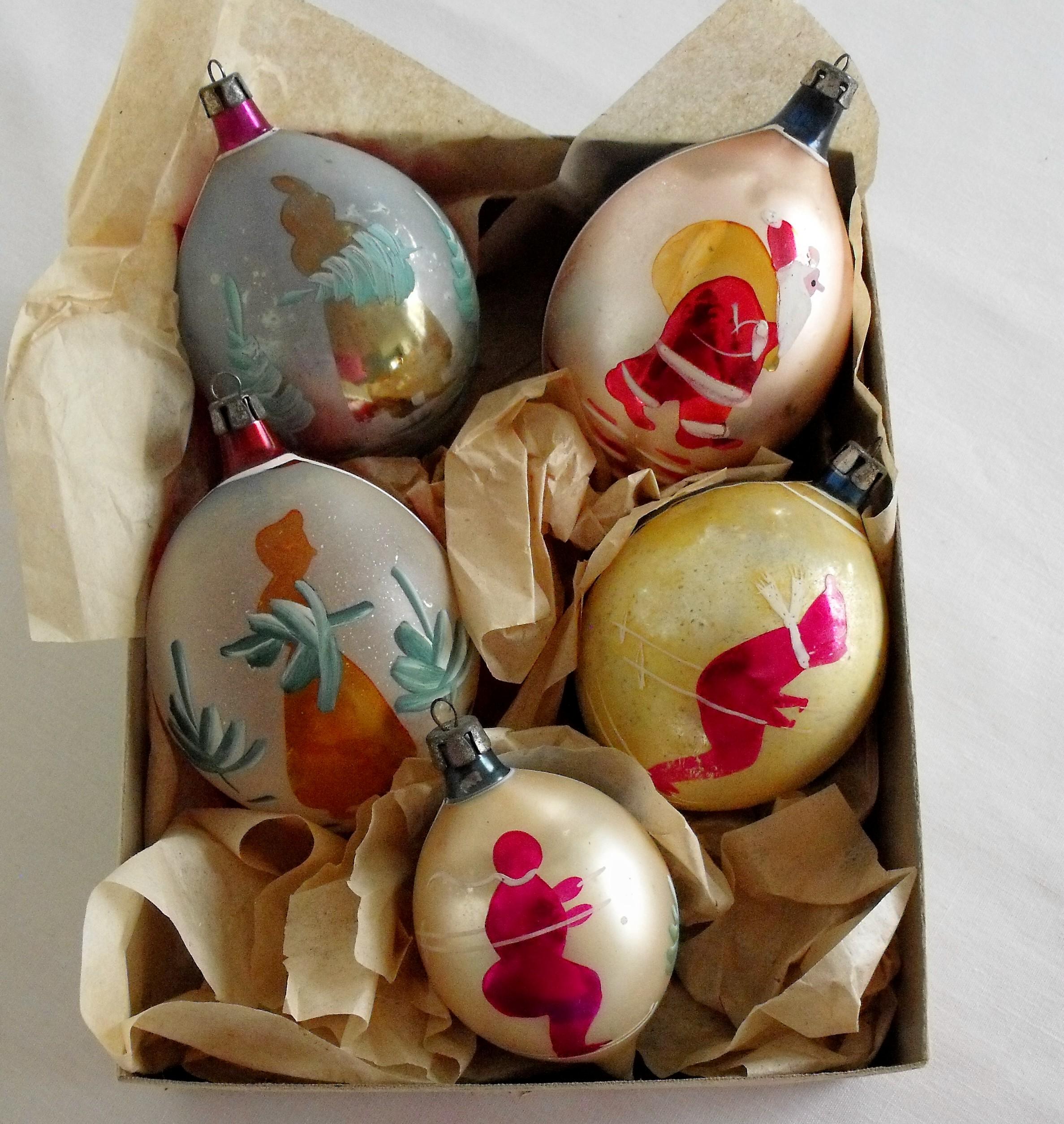Polish glass ornaments - Poland