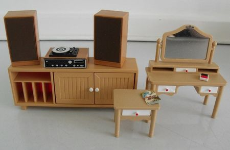 Tomy stereo