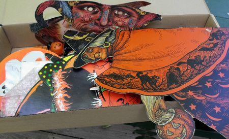 4 halloween box