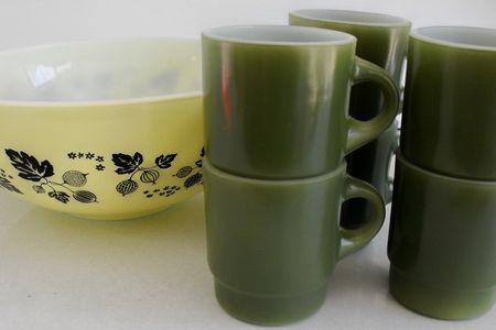 Mugs and bowl
