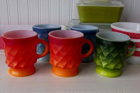 B w mugs